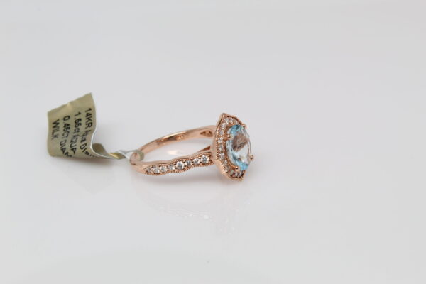 14KR Oval Aquamarine Set in Rose Gold with Diamond Accents Ring