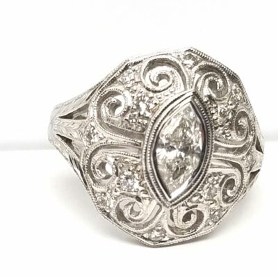 14 Karat White Gold Diamond Vintage Ring