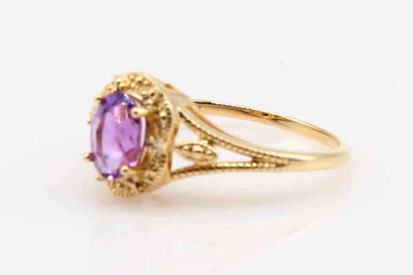 14 Karat Yellow Gold Oval Amethyst with Diamond Accent Ring