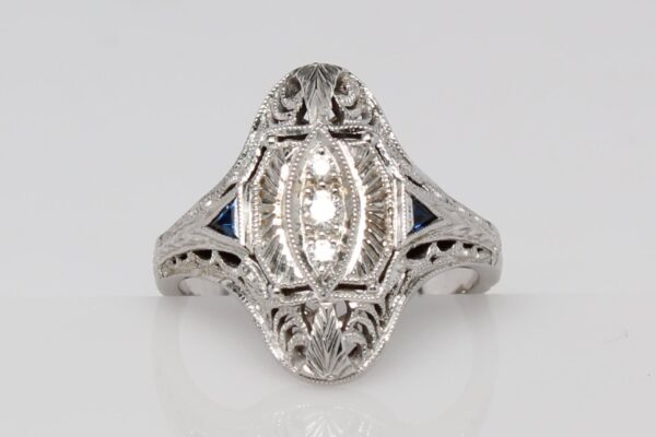 14 Karat White Gold Diamond Antique Ring